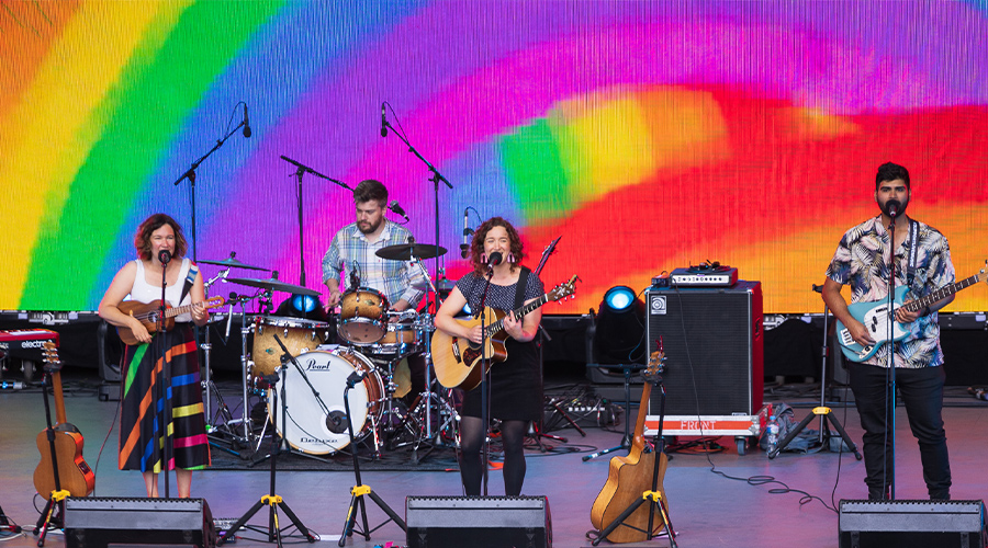 Teeny Tiny Stevies perform for Live at the Bowl